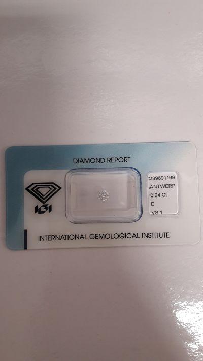 diamante naturale brillante rotondo certificato igi di anversa ct 0 24