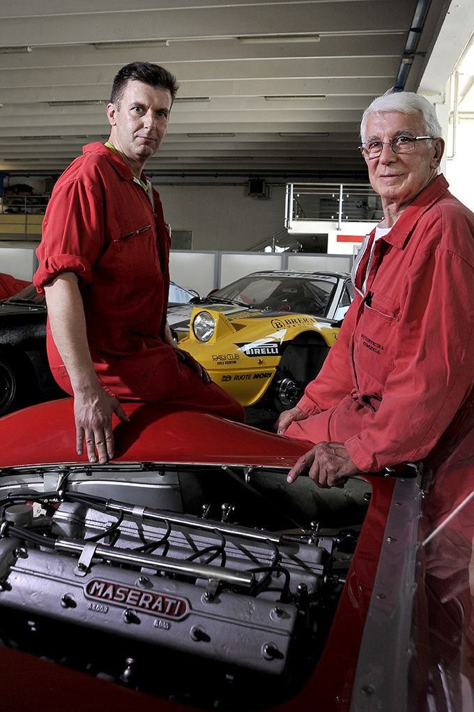 offer of engines restoring occasion of engines preparation in vicenza italy omega car italy