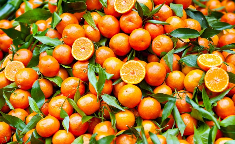 da peppe e lucia ci sono delle dolcissime clementine in offerta