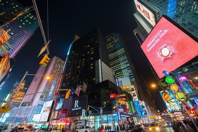 occasione offerta promozione striscione pubblicitario cartelloni spazi preventivi bergamo