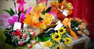 offerta vendita creazioni floreali per cerimonie e ricevimenti il petalo