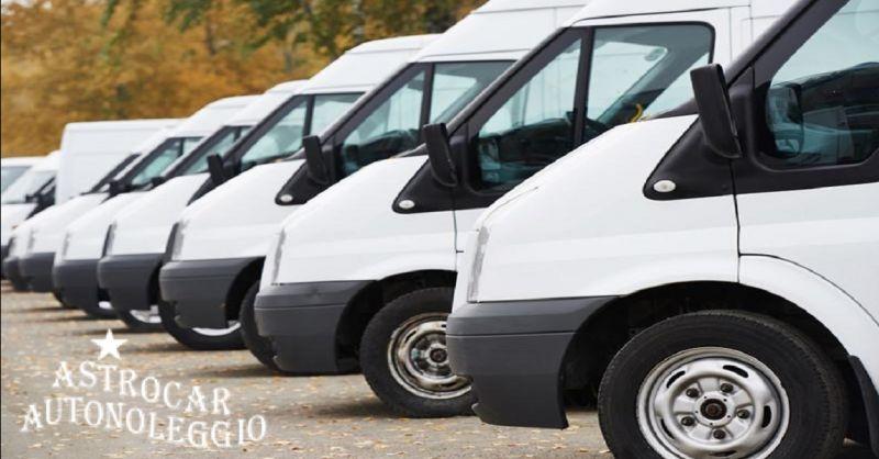 ASTROCAR AUTONOLEGGIO offerta noleggio mini Bus 9 posti - occasione furgoni a noleggio Piacenza