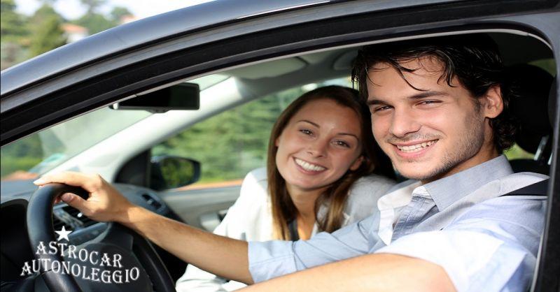 ASTROCAR AUTONOLEGGIO offerta noleggio furgoni senza autista - occasione noleggio autoveicoli