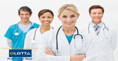 offerta abbigliamento professionale sanitario occasione vendita divise operatori sanitari