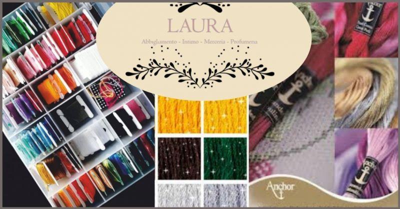 occasione vendita filate e accessori da ricamo - ABBIGLIAMENTO LAURA