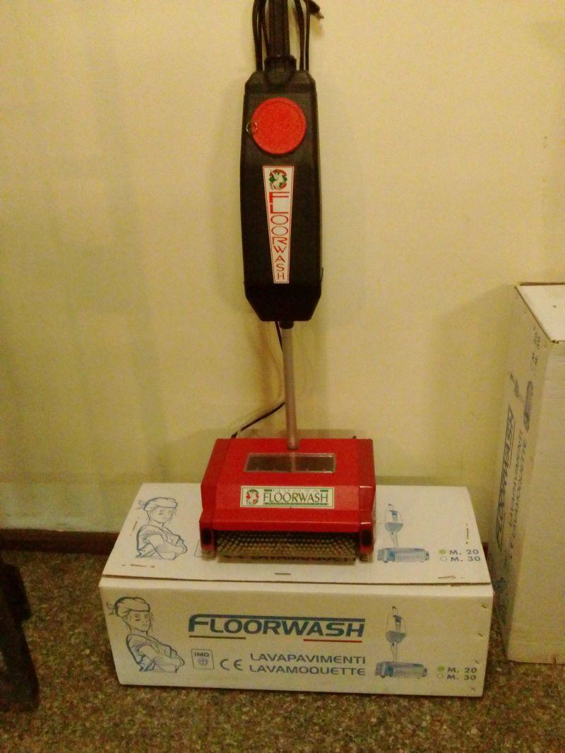 Floorwash M30 rossa: lava asciuga pavimenti
