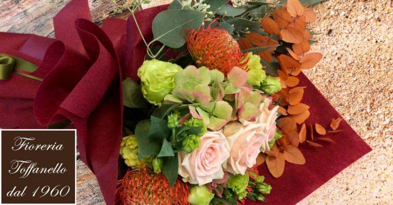 FIORERIA TOFFANELLO offerta Corone e Cuscini floreali vicenza - occasione fiori per cerimonie