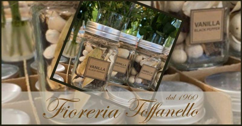 FIORERIA TOFFANELLO - Occasione POUPORRY NATURALE Petali di fiori freschi ed olii essenziali