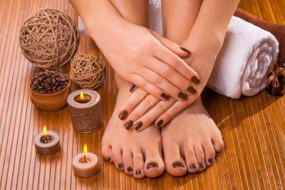 pedicure estetico manicure