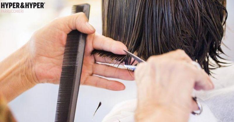 Parrucchieri Hyper & Hyper occasione tagli capelli donna - offerta acconciature e trattamenti