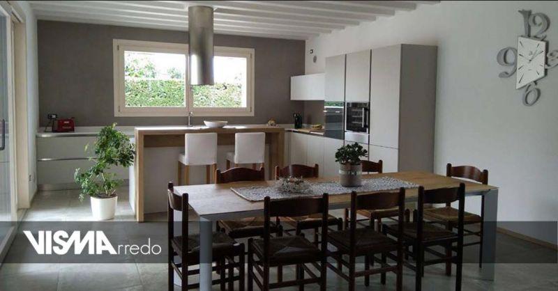 Offerta cucina stile moderno contemporaneo Vicenza - Occasione arredamento casa moderna Vicenza