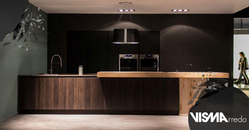 Offerta Cucina con piani in agglomerato Padova - Occasione Pensili da cucina con ante in vetro Vicenza