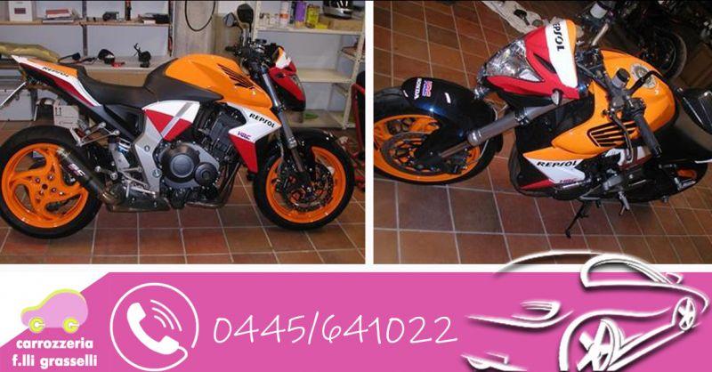 Carrozzeria F.lli Grasselli - Occasione servizio professionale interventi auto e moto d'epoca