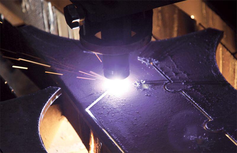 Taglio foratura cianfrini sgolatura tubo con macchina plasma e laser cnc - MECCANICA ZEN VI
