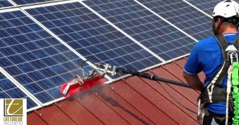 Lattoniere Tacchetto occasione pannelli solari - offerta servizio pulizia pannelli fotovoltaici