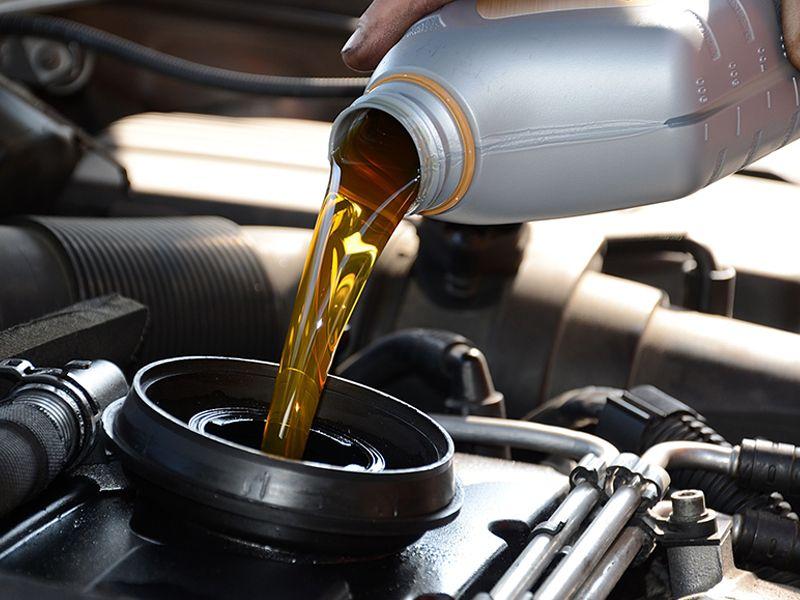 offerta olio motore castrol rende occasione olio motore selenia rende punto ricambi