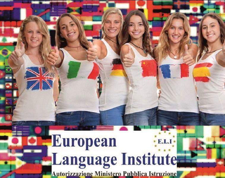 offerta corsi di lingue  adulti  bambini VIAREGGIO