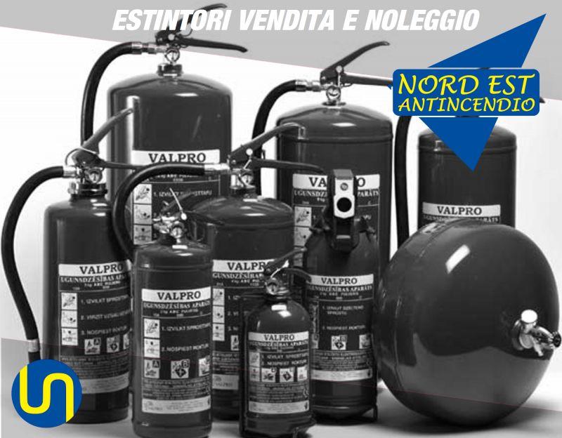 Offerta manutenzione estintori a polvere carrellati CO2 HCF idrici - Noleggio idranti Verona