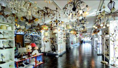 lampadari di ogni genere dama luce marotta
