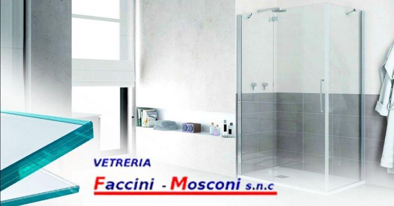 Offerta realizzazione box doccia in vetro su misura Verona - Occasione realizzazione schienali cucina in vetro