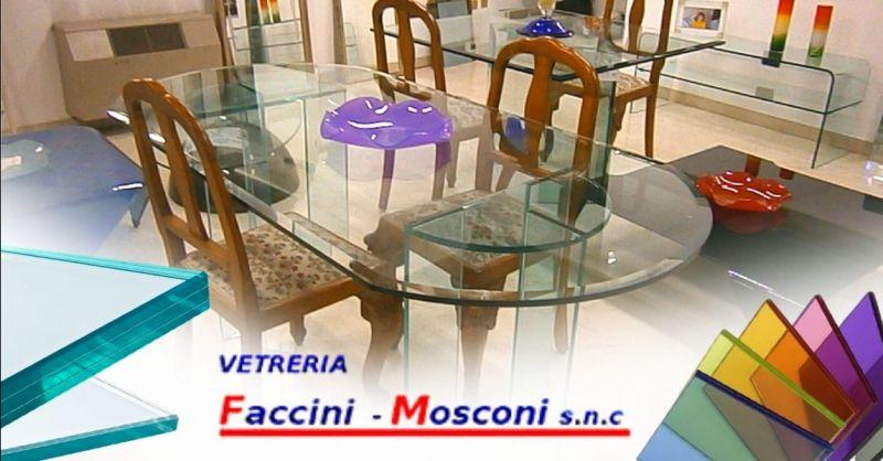 Offerta vetrai per realizzazione arredi in vetro Verona - Occasione complementi d'arredo su misura in vetro
