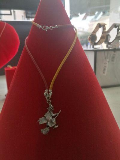 occasione bracciali e collane fatte a mano in argento stregati da il gioiello