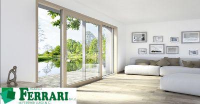 offerta produzione finestre in legno e alluminio occasione infissi a risparmio energetico