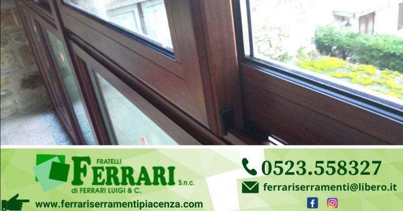 Offerta fornitura installazione finestre alluminio legno Piacenza - Occasione vendita infissi pvc Piacenza