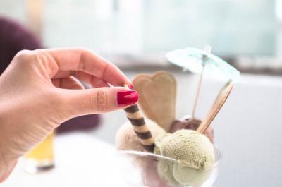 offerta gelateria produzione propria alta valle intelvi promozione gelato como bar teatro