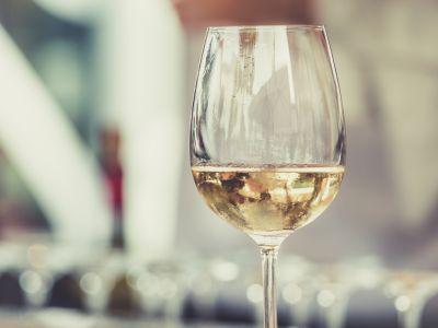 offerta wine bar alta valle intelvi promozione aperitivi como bar teatro di valsecchi erica