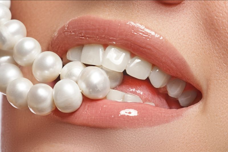 offerta Studio Dentistico Ortomed sbiancamento dentale - promozione pulizia dentale vicenza