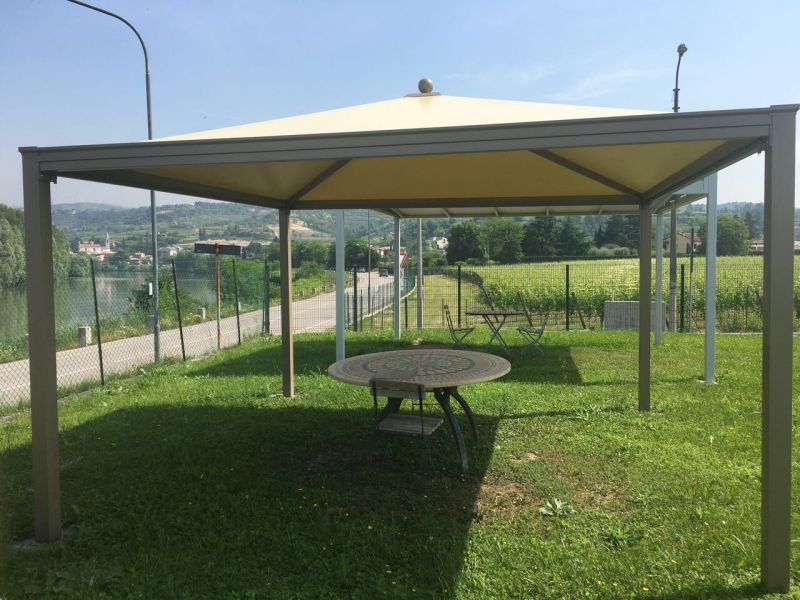 Offerta costruzione gazebi su misura Verona - Promozione Manutenzioni gazebi per bar ristoranti