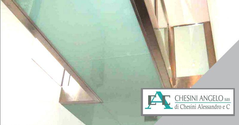 offerta realizzazione parapetti in vetro acciaio - occasione produzione strutture vetro acciaio