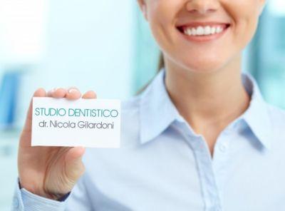 offerta servizio di igiene orale como promozione pulizia denti como dottor nicola gilardoni