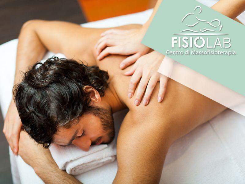 Offerta Massaggio - Promozione Lezione Ginnastica Posturale - Fisiolab