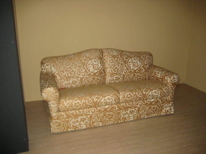 offerta vendita divano stile classico expo promozione divani classici e moderni expo verona