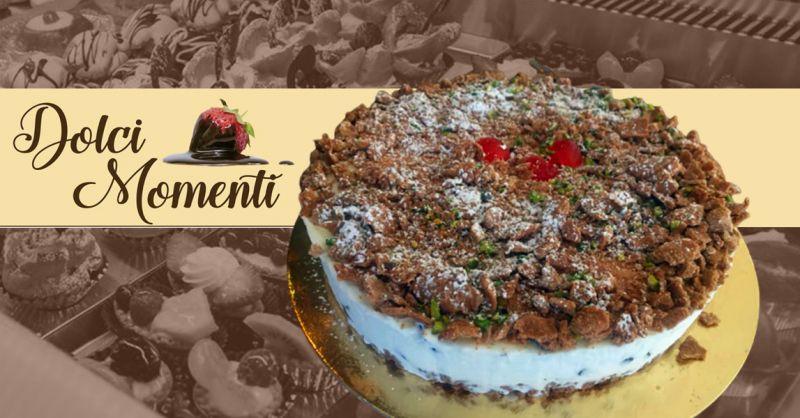 Pasticceria Dolci Momenti - Promozione torte artigianali alta qualità specialità torta cannolo