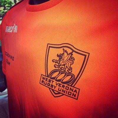 offerta stampa divise calcio e tornei promozione stampa maglietta calcio personalizzata verona