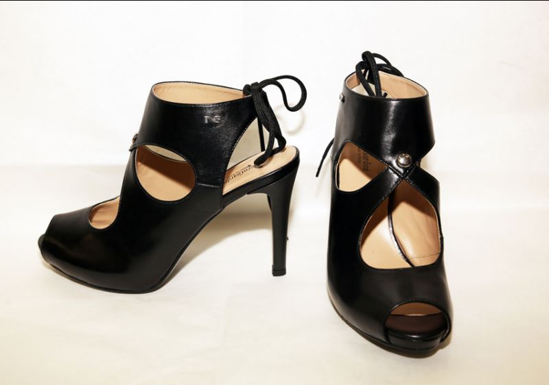 Offerta-Scarpa Donna, Sandalo Nero Giardini