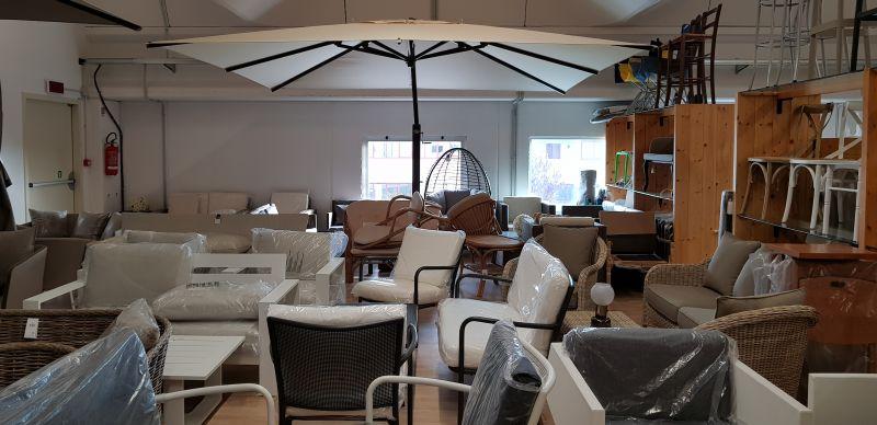 Offerta arredamenti da giardino spoleto mobili da for Mobili da giardino in offerta