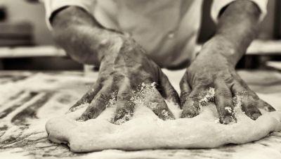 pizza cotta su pietra ancona
