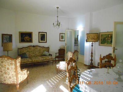 palazzina c t o via cattaneo riservato e ampio appartamento mq 130