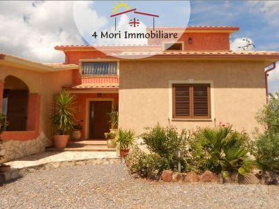 vendita rifinitissima villa con terreno a iglesias 4 mori immobiliare