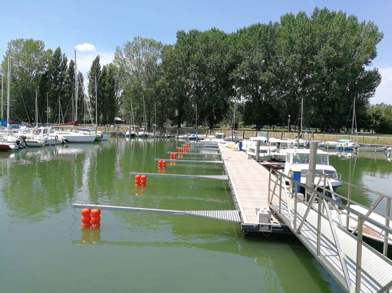 LA.VIR. SERVICE offerta produzione finger e pontili galleggianti Castiglione del Lago