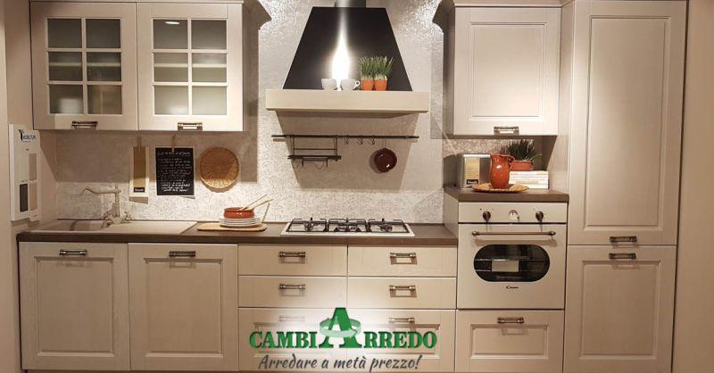 Offerta Cucina lineare con Elettrodomestici in sconto Piacenza - Occasione Svendita Cucina Completa