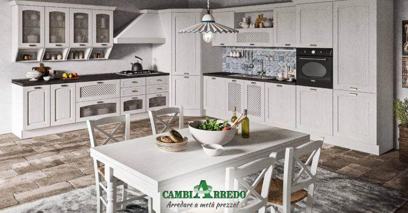 Offerta Cucina bianca in stile Provenzale moderno Piacenza - Occasione Cucine Country Parma