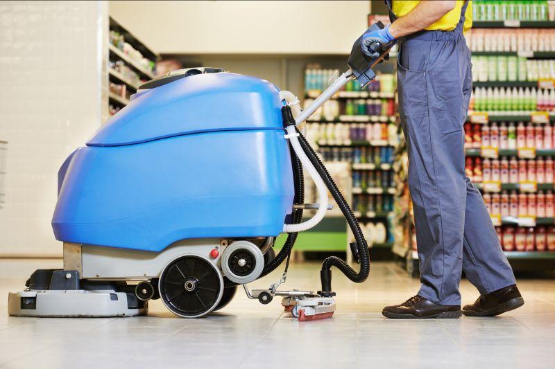 Offerta Pulizia con macchine spazzatrici e lavapavimenti-Pulizia di pavimenti Bussolengo Verona