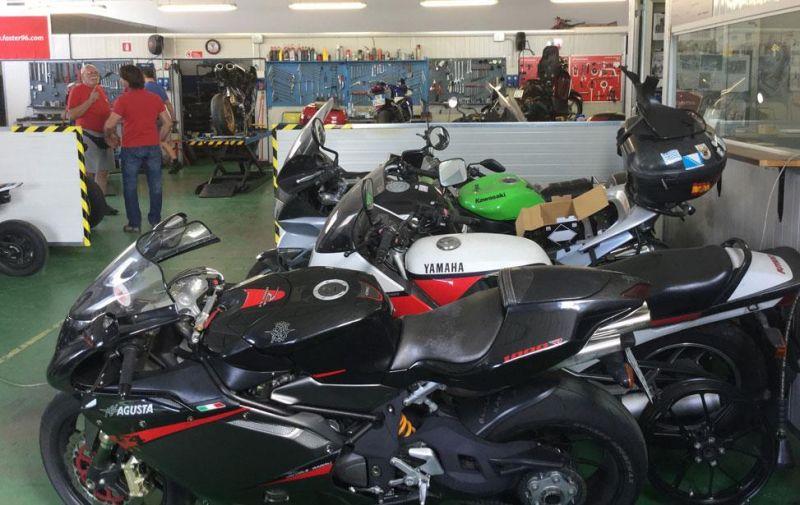 Offerta officina autorizzata Honda a Verona - Promozione servizi personalizzati su moto Verona
