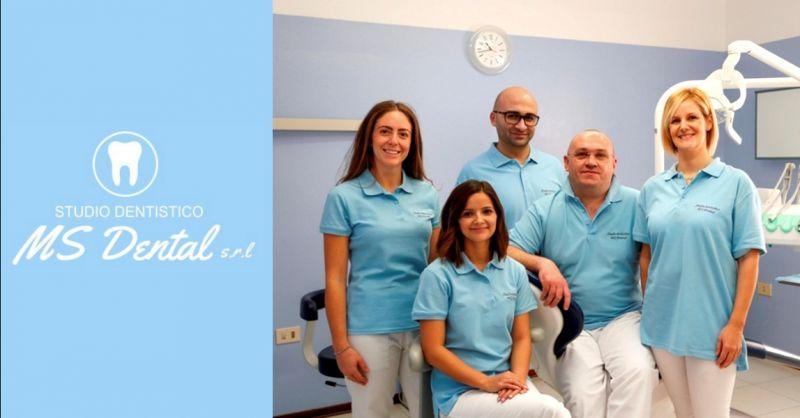 Promozione servizio di implantologia dentale - offerta impianti dentali in zirconia Verona