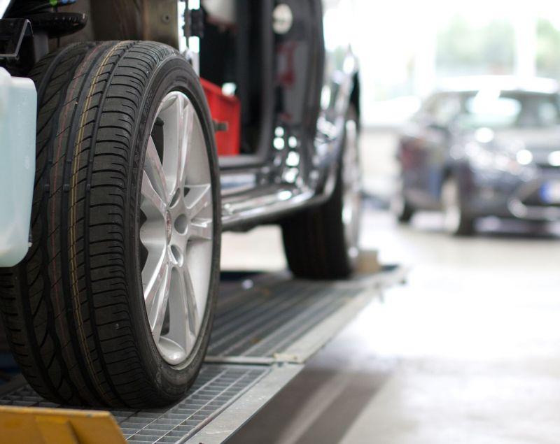 Offerta Acquisto di auto sinistrate incidentate-Occasione acquisto auto con motore fuso Verona